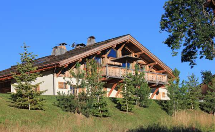 650 m2 Luxury Chalet - PFI International Ltd