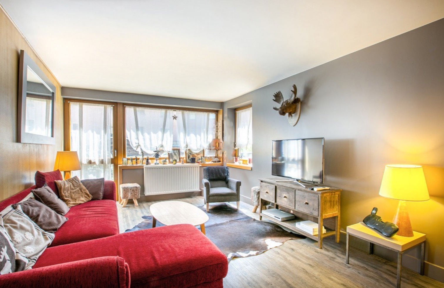 Central Location Renovated Apartment