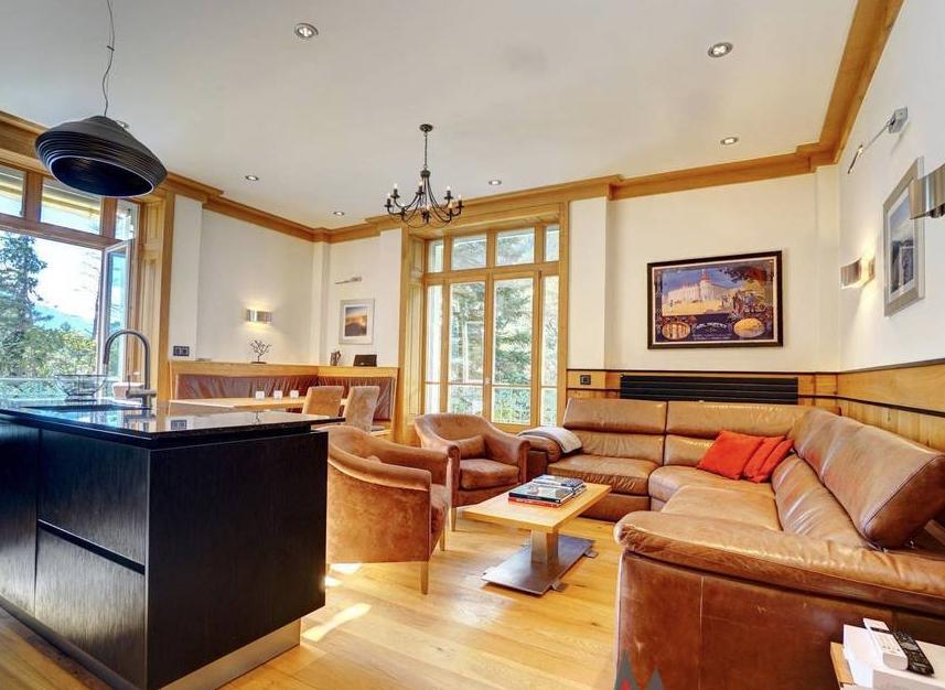 Beautiful Apartment heart of Chamonix