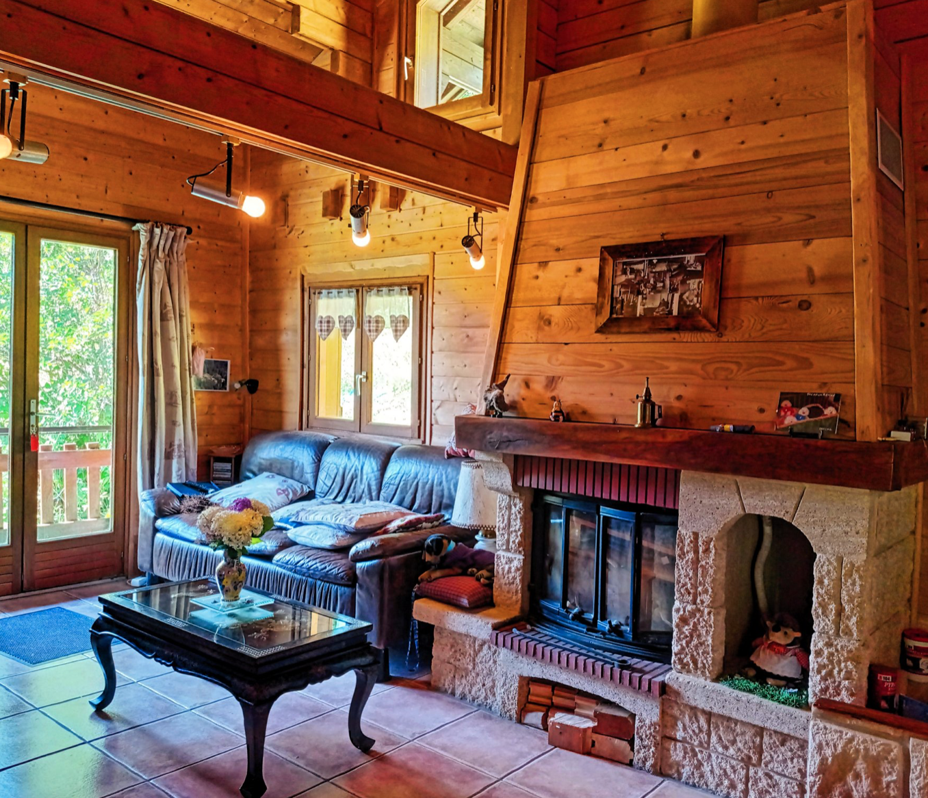 Traditional 4 Bedroom Chalet