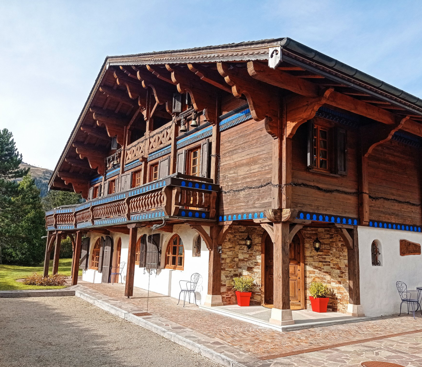 Exceptional Luxury Traditional Chalet
