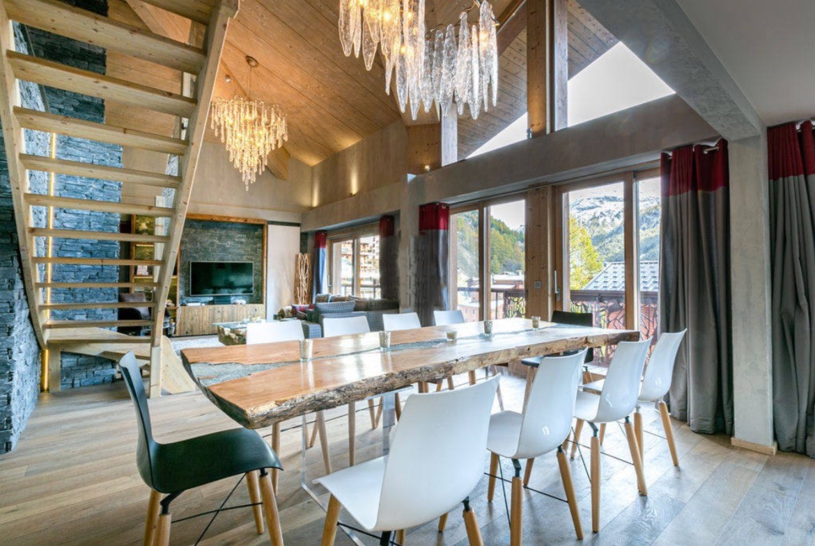 Exceptional penthouse apartment Val D'Isere