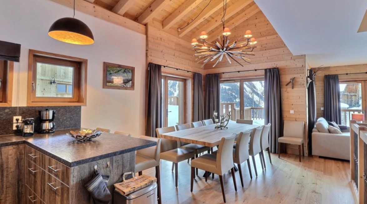 Exceptional Ski-in Ski-out Chalet