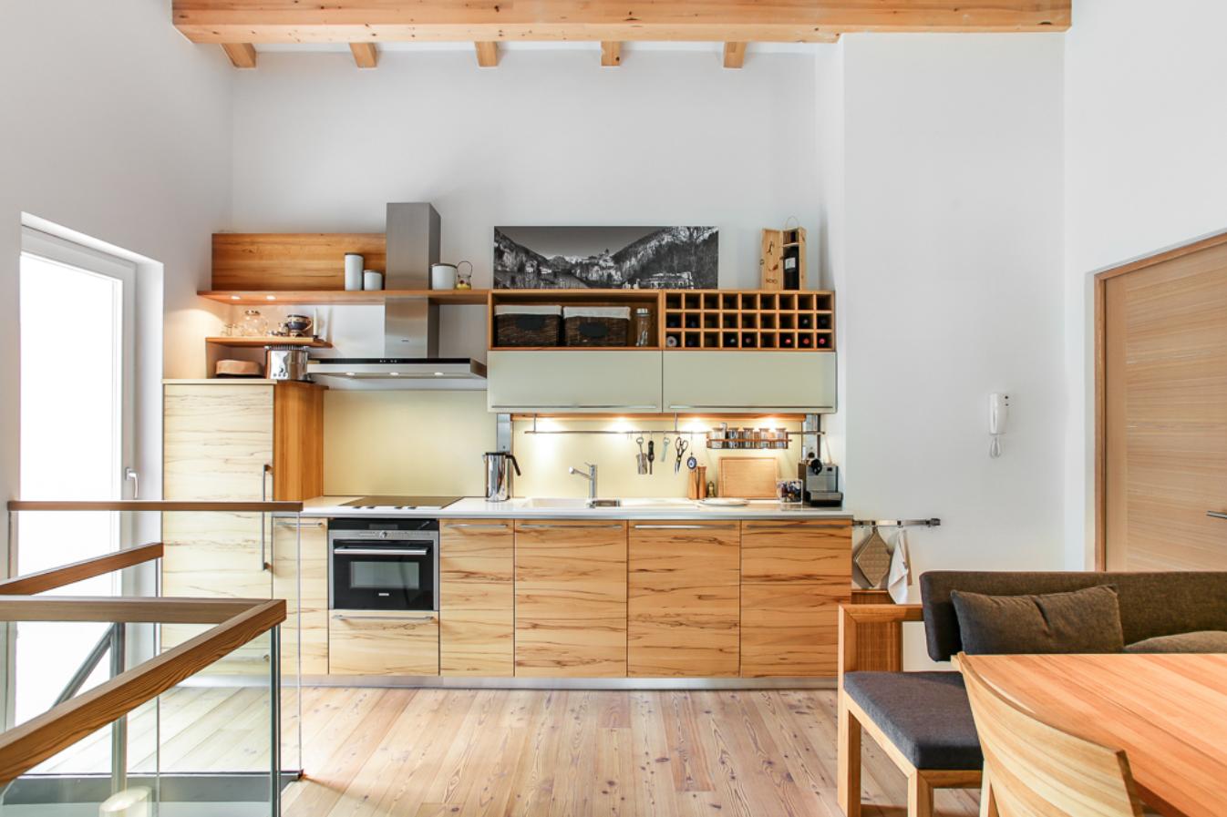 Designer Apartment With Caste View