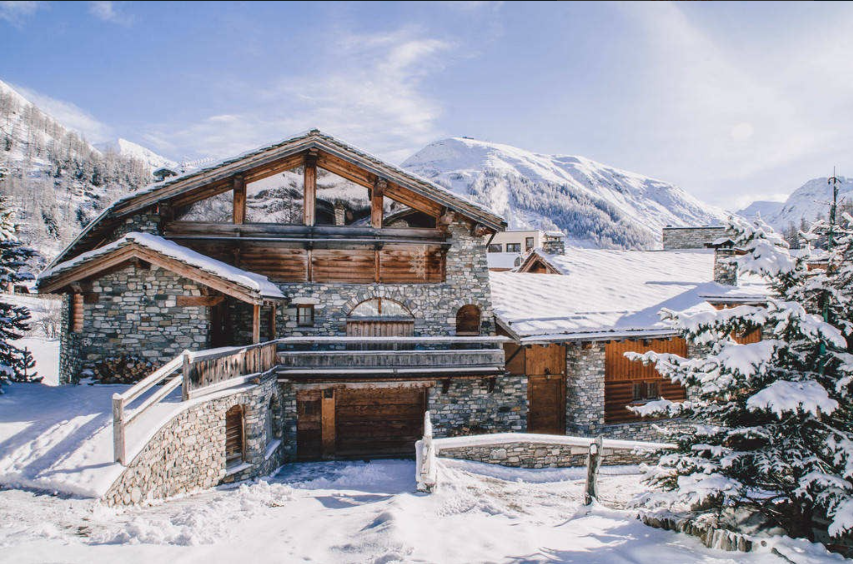 Luxury Chalet + Private Apartment