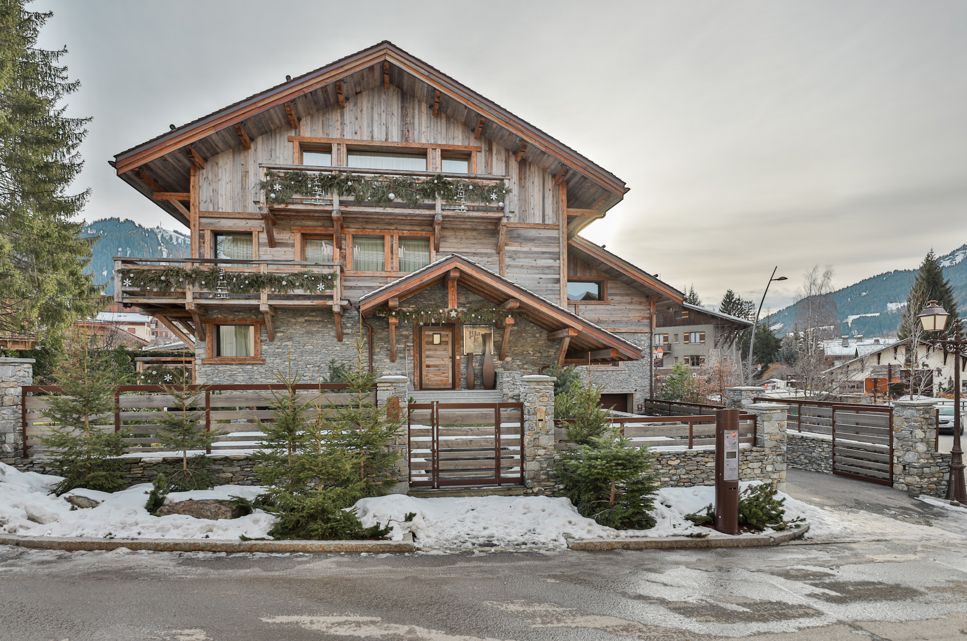 Impressive Luxury 7bed Chalet