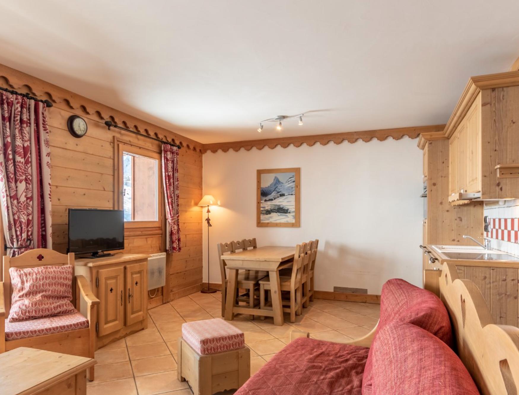 Splendid Two Bedroom Apartment