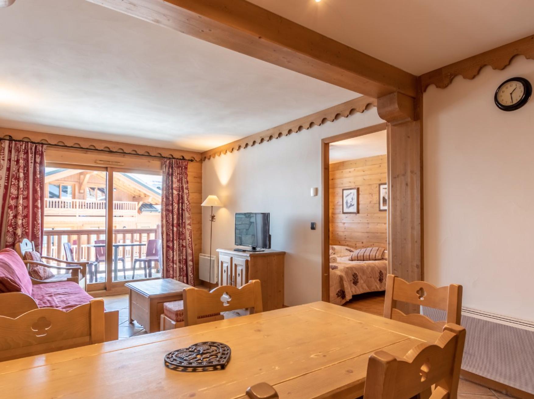 Beautiful Ski-in Ski-out Apartment