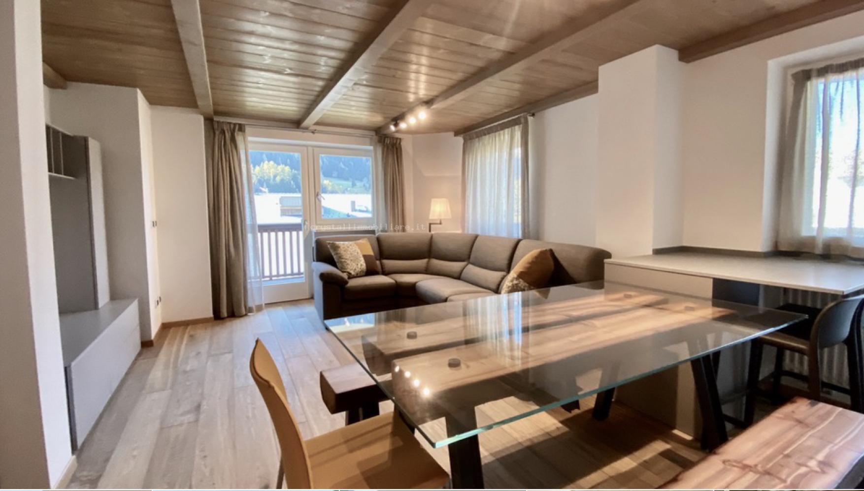 Elegant Four-room Apartment in Ortisei